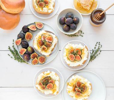 Brioche à la ricotta, aux figueset au miel D'Italiano